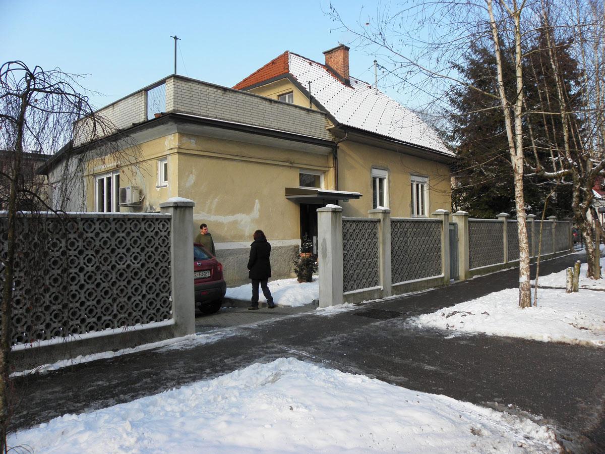 Before-Primer prenove hiše - 2.